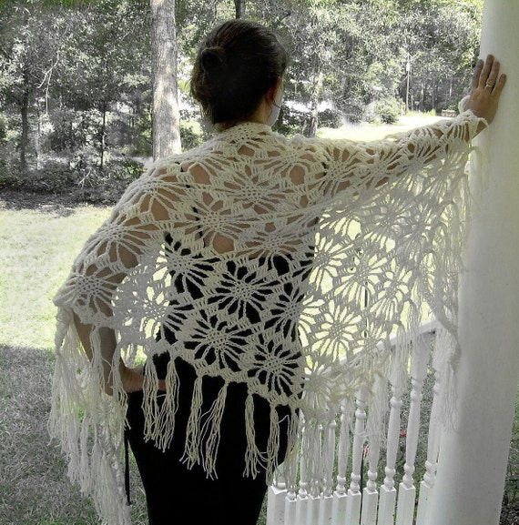 Crochet Lace Wedding Shawl Pattern : White shawl crocheted shawlbridal lace shawl bridal