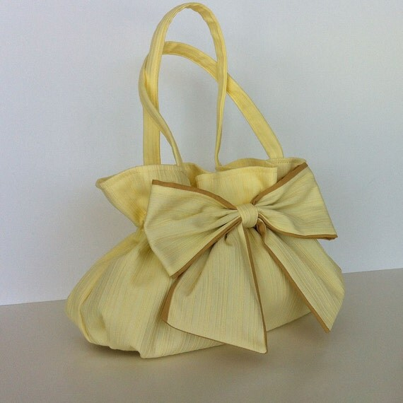 Yellow bow purse Fabric handbag with bow in yellow  Street fashion  Summer purse  Vegan yellow bag  Spring yellow purse  Summer  bow handbag