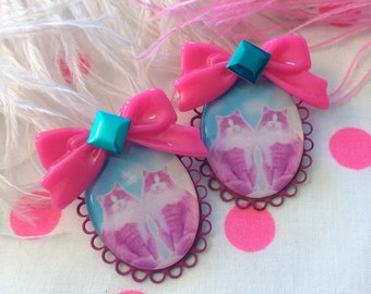 Twin Kitties Large Cameo Earrings