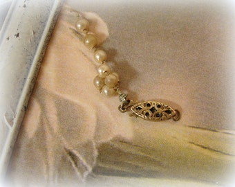 10K gold filigree clasp . older vintage yellow gold single strand filigree clasp