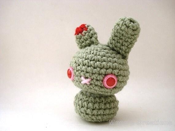Amigurumi Bunny Keychain : Zombie Moon Bun Undead Amigurumi Bunny Rabbit with Keychain