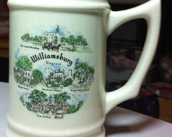 Vintage Williamsburg Virginia Souvenier mug