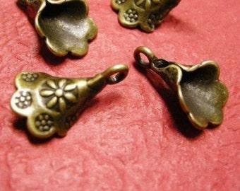 8pc antique bronze flower metal alloy pendant-1713A