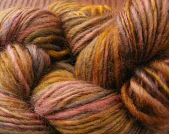 Clearance  FADED BOUQUET Handspun Wool Yarn Coopworth 175yds 3.75oz 9-10wpi aspenmoonarts knitting