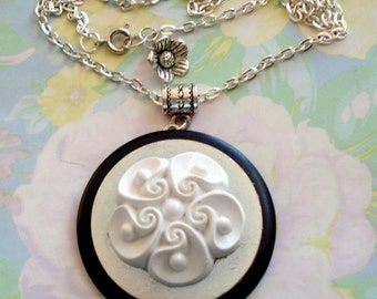 White Frosting on a Cake Pendant Necklace, Vintage Buttons, Washer