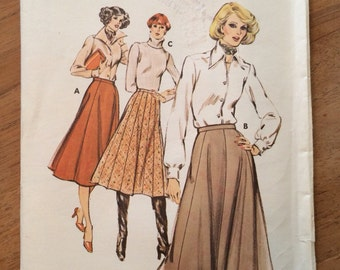 Vintage sewing pattern 1980's Skirt Pattern Kwik-Sew 363 Pull-on Gored Skirt