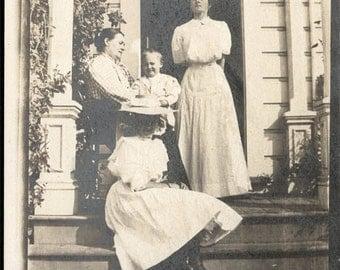 Vintage Photo 1915 Humboldt Co ARcata Mrs John Lundberg & FAmily