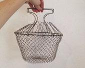 Vintage collapsible egg basket