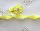"""Pleated French Ribbon Acetate Lemon Cream Ombre 1 meter 7/8"""" wide #385"""