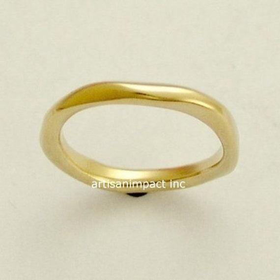 14k Yellow gold band, simple gold ring, unisex band, gold wedding band, organic gold ring, simple band, stacking gold band - Ensemble RG1593