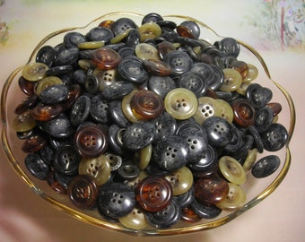 A little less than Two pounds of Buttons  I call this lot Dark