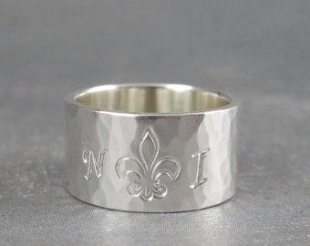 Initial ring with Fleur de lis ring, custom ring, Wide sterling silver band, Hammered silver ring,Monogram ring, custom made ring
