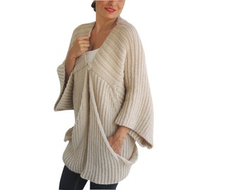 Ecru Handknitted Cardigan with Big Pockets by Afra Plus Size Over Size