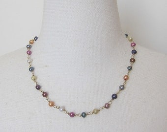 Short necklace with many colors of freshwater pearls