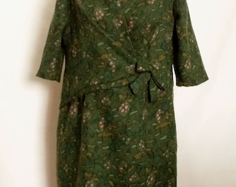 60% OFF Vintage Green floral wool ladies dress