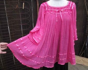 Boho Mexican top 70s Vintage Boho Pink Lace Mexican Blouse Gauze boho top M