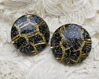Vintage Lucite Confetti Earrings, Black ... Lucite Glitter Earrings . . . 1950s retro costume jewelry