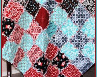 Handmade Christmas Throw, Patchwork Christmas Rag Quilt, Christmas Lap Quilt, Bedroom Decor, Bedding, Patchwork Blanket, Handmade Rag Quilt