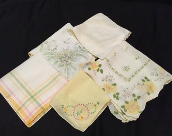 Lot of 5 Vintage Yellow and White Ladies' Hankies/Handkerchiefs with Flowers, Embroidery, Plaid, and Scalloped Edges