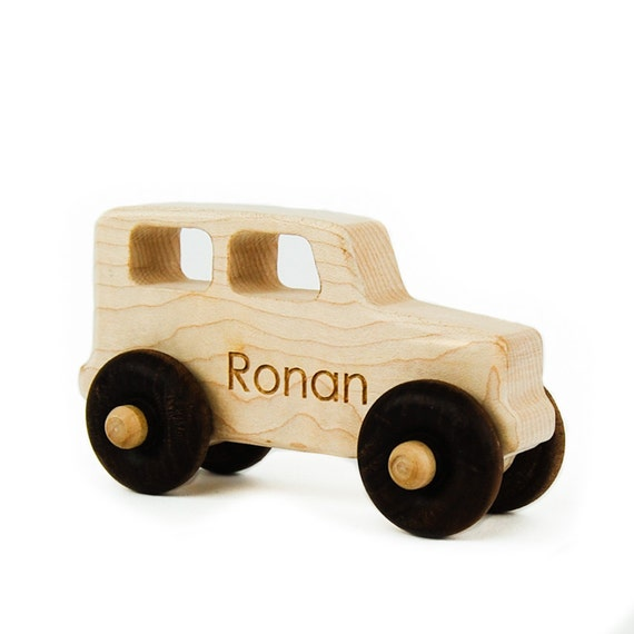 Truck Wood Toy -  Imaginative Play - Toy Truck - Handmade Wooden Toy - Personalized Truck - Child Truck - Toddler Gift - Birthday Gift -TY37