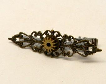 Steampunk tie clip. Steampunk jewelry tie bar. Steampunk tie pin.