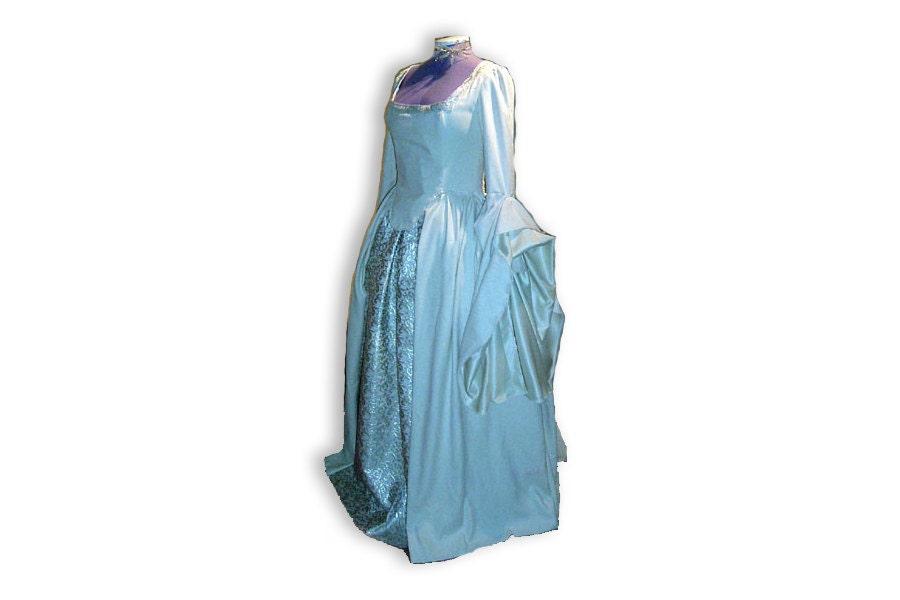 Tudor style dress tudor wedding dress tudor princess for Tudor style wedding dress