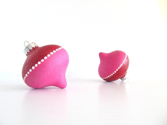 Christmas Ornments Hot pink and Red Christmas Tree Ornaments Two Hand painted Glass Ornaments