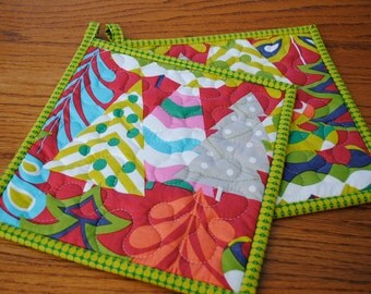 Christmas Potholders,  Treelicious Potholders,  Quilted Potholders, Contemporary Kitchen Potholders