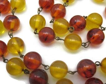 Vintage Bakelite Necklace - Beaded Amber and Apple Juice Bakelite