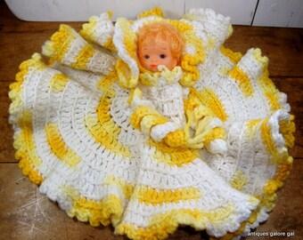 Vintage Crochet Doll, Retro Kitchen Decor, Yellow and White, Kitschy, Mid Century
