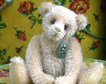 """7"""" Danny Vintage-look Teddy Bear pattern by Linda Johnson of BEARDEAUX BEARS"""