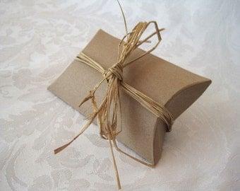 10 Gift Boxes, Gift Box, Jewelry Gift Box, Kraft Boxes, Wedding Favor Boxes, Party Favor Boxes, Gift Card Box, Pillow Boxes 4.5x4x1.5