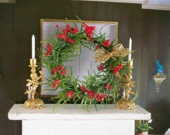 Green Red Wreath Berries Gold Bow 1:12 Dollhouse Miniature Artisan