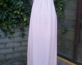 Vintage Pale Peach Nightgown. Empire Waist. Pin Tuckes Light Nighty.