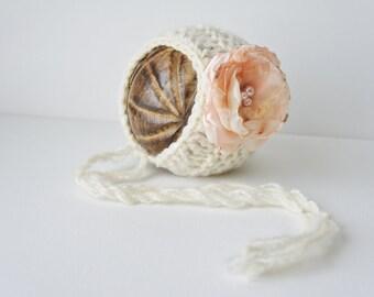 Knit Baby Bonnet, Newborn Baby Girl Hat, Baby Hat, Knit Baby Hat, Cream White Yarn