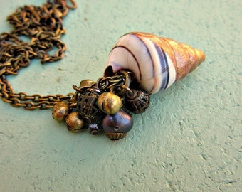 Adjustable Bronze Chain Necklace with Gold Leaf Dipped Shell and Beaded Cluster: Golden Sand