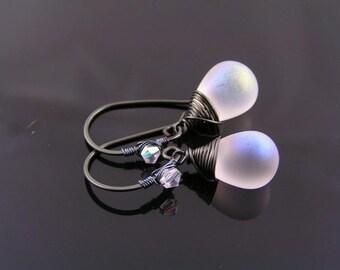 Wire Wrapped Earrings, Black and White Earrings, Beaded Earrings, Czech Glass Teardrop Earrings, Wire Wrapped Ear Wires, E1977