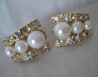 Rhinestone Gold Pearl Clear Earrings Clip Vintage