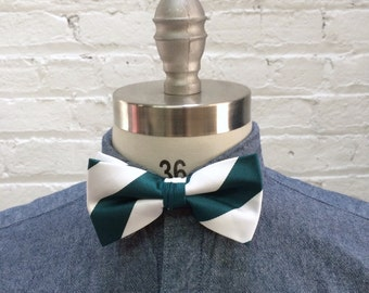 Vintage bow tie / white and deep teal green preppy stripe bowtie