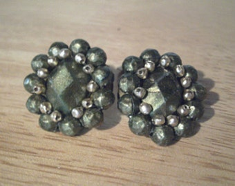 Vintage Green Clip On Earrings - Green and Gold Beads - Beaded Clip Ons - Vintage Earrings - Hong Kong - Small Clip On Earrings