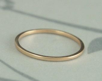 Thin Gold Wedding Band 18K Ring