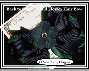 School Uniform hair bow,Navy and forest Plaid Hair bow,Back to school hair bows, hair bows,OTT hair bows School Bows,Catholic school bows