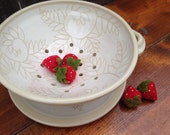 White Fern Berry Bowl, Colander, Kitchen Strainer