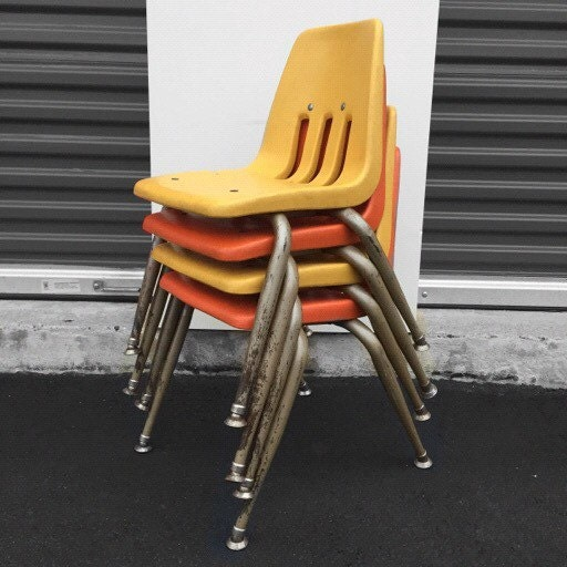 Set Of 4 Mid Century Modern Orange And Yellow Children S Chairs By Virco Los