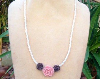 Pearl Beaded Necklace// Statement Necklace// Floral Necklace// Layering Necklace// Bridesmaid Jewelry