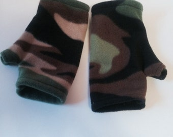 Camo fleece Fingerless Gloves