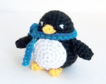 PDF Crochet Pattern - Amigurumi Penguin