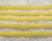 "Vintage Scalloped Trim Yellow 8 yards x 3/8"" SALE"