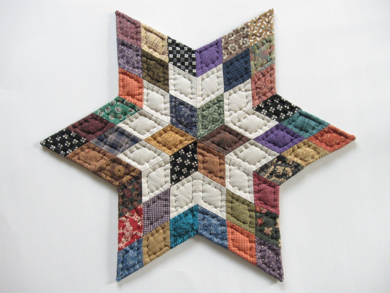 Free Patterns For Quilted Candle Mats : Tabletop Quilt Star Quilted Candle Mat Quilted Table by dlf724