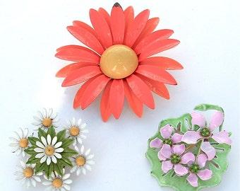 Enamel Flower Brooch, Enamel Jewelry Daisy Bouquet, Neon Orange Daisy, Lavender Lily Pad, Brooch, Vintage Jewelry, kiamichi7